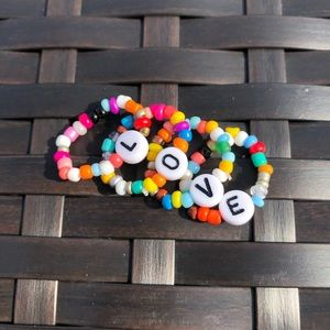 Love Bead Stackable Stretch Rings NWT